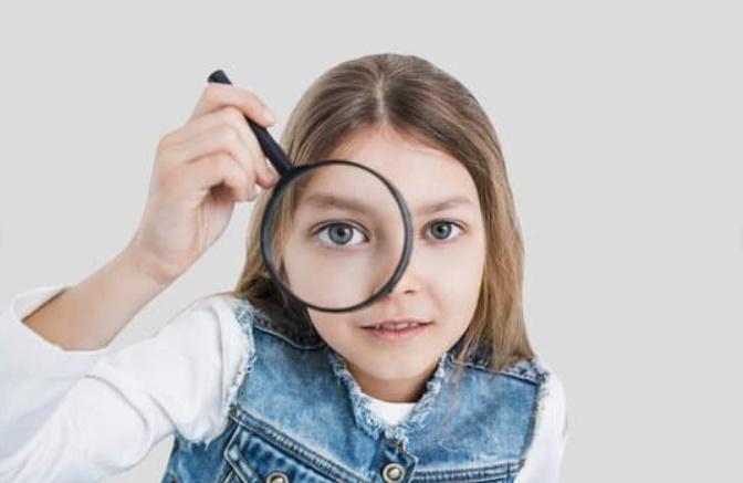 サジェストや虫眼鏡の使用方法
